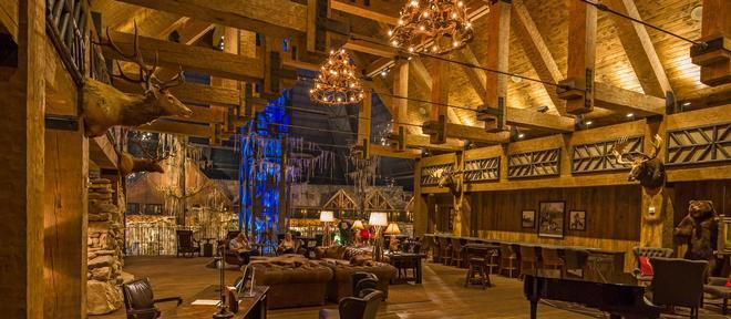 Big Cypress Lodge - Μέμφις - Σαλόνι ξενοδοχείου