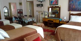 Elior Guest House - Bloemfontein - Bedroom