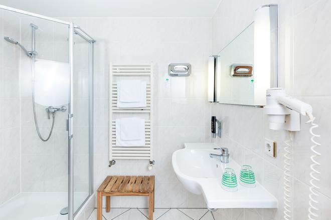 Hotel Servatius Köln - Κολωνία - Μπάνιο
