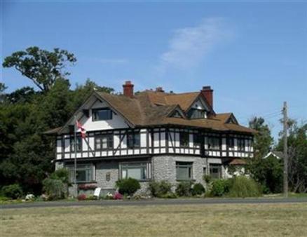 Dashwood Manor Seaside Bed & Breakfast - Victoria - Bâtiment