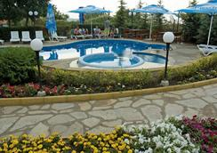 Royal Beach Hotel - Golden Sands - Pool