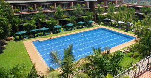 Kabira 鄉村俱樂部 - 坎帕拉 - Kampala - 游泳池