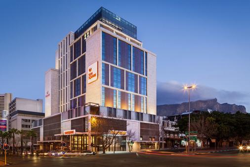 太陽廣場開普敦市波爾飯店 - 開普敦 - 建築