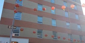 Hotel Mimosa - New York - Rakennus