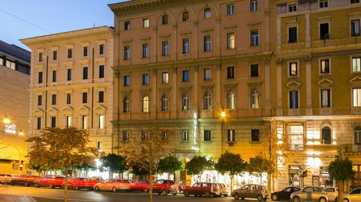 Hotel Ranieri - Rooma - Rakennus