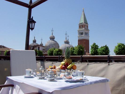Hotel Colombina - Венеция - Балкон