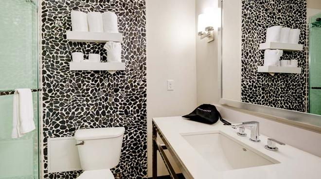 明尼阿波利斯機場美國商場希爾頓花園酒店 - 布隆明頓 - 布盧明頓 - 浴室