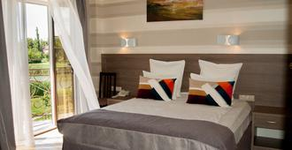Hotel Hemingway - קרסנודאר