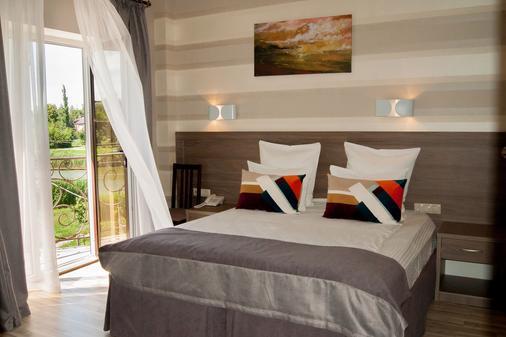 Hemingway Hotel - Krasnodar - Bedroom