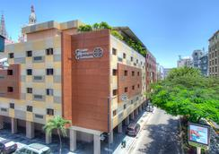 Grand Hotel Guayaquil an Ascend Hotel Collection Member - Guayaquil - Rakennus