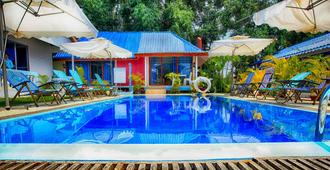 The Orchid Bokor Boutique Resort - Kampot - Pool