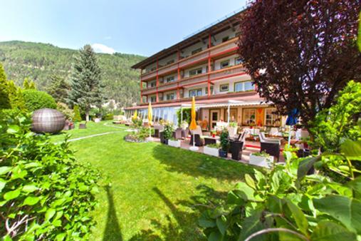 Hotel Truyenhof - Ried im Oberinntal - Outdoors view