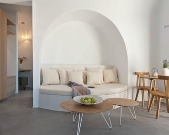 Santorini Heights - Pyrgos Kallistis - Huiskamer