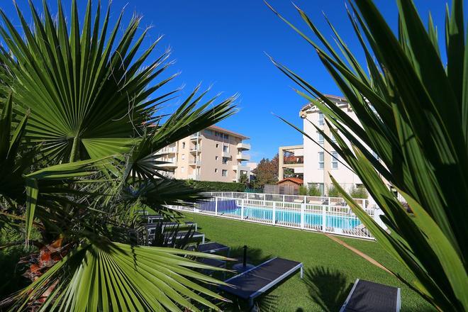 Best Western PLUS Karitza - Biarritz - Pool
