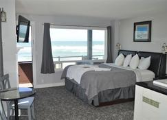 Beachfront Manor Hotel - Lincoln City - Bedroom