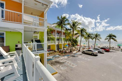 Pierview Hotel & Suites - Fort Myers Beach - Ranta
