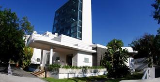 Hotel Demetria - Guadalajara - Edificio