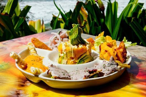 Hotel Grandmare & Bungalows - Máncora - Food