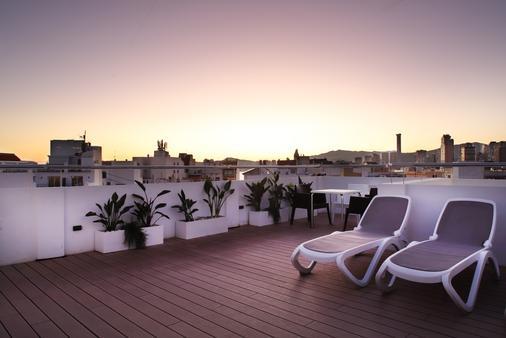 阿拉美達酒店 - 貝尼多姆 - 陽台