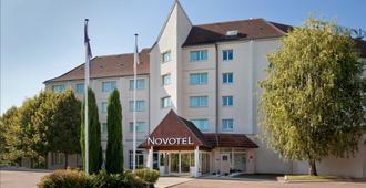 Novotel Beaune - Beaune - Gebäude