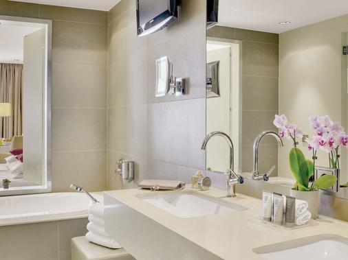 席勒公園奧地利時代酒店 - 林茲 - 林茨 - 浴室