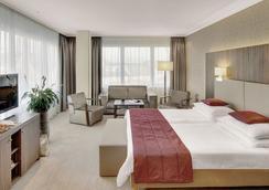 席勒公園奧地利時代酒店 - 林茲 - 林茨 - 臥室