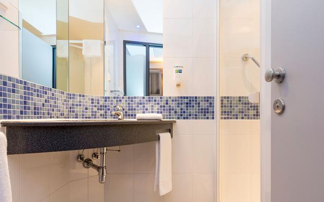不來梅機場智選假日酒店 - 布萊梅 - 不來梅 - 浴室