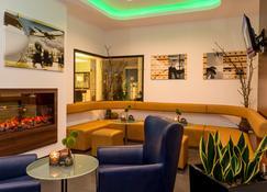 Holiday Inn Express Bremen Airport - Brémy - Lobby