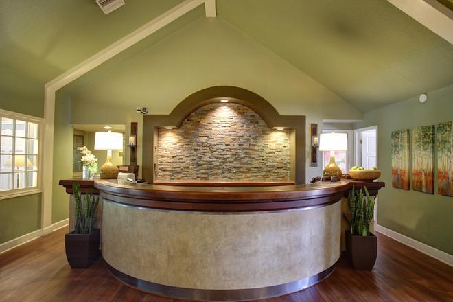 Habitat Suites - Austin - Lễ tân