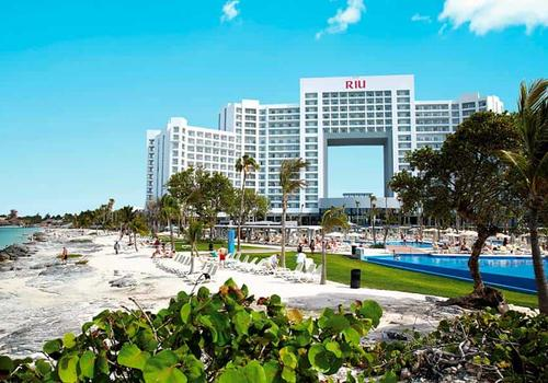 Riu Palace Peninsula 141 3 6 5 Cancun Hotel Deals Reviews Kayak
