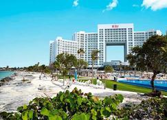Riu Palace Peninsula - Cancún - Bygning