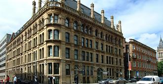 Princess St. Hotel - Manchester - Building