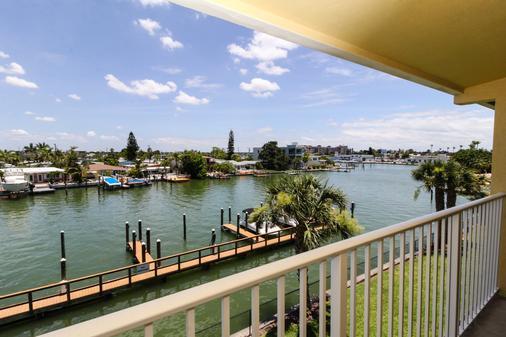 Treasure Bay Resort & Marina - Treasure Island - Μπαλκόνι