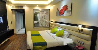 The Cedar Grand - Hotel & Spa - Shimla - Bedroom