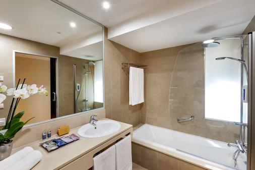 Occidental Cádiz - Cadiz - Bathroom