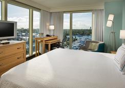 Courtyard by Marriott Fort Lauderdale Beach - Fort Lauderdale - Bedroom