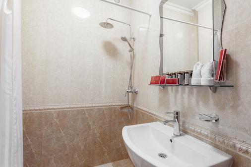 California Boutique Hotel - Odessa - Salle de bain