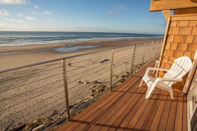 Pelican Shores Inn - Lincoln City - Balcony
