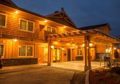 Pelican Shores Inn - Lincoln City - Toà nhà