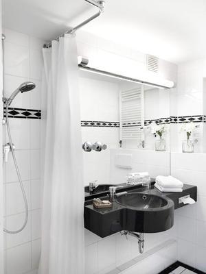 安娜尊享藝術飯店 - 漢諾威 - 浴室