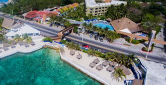 Casa del Mar Cozumel Hotel & Dive Resort - Cozumel - Vista del exterior