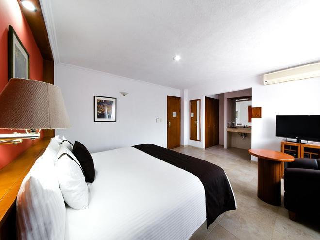 Mision Express Celaya - Celaya - Bedroom