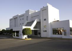 Hotel Misión Express Celaya - Celaya - Edificio