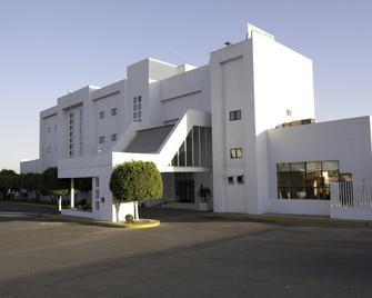 Misión Express Celaya - Celaya - Building