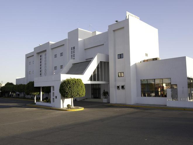 Misión Express Celaya - Celaya - Κτίριο