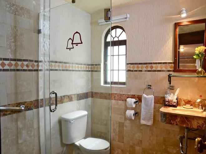 布埃布拉阿坎吉爾米申酒店 - 布埃布拉 - 普埃布拉 - 浴室