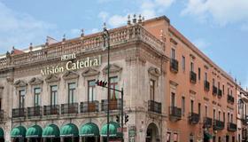 Hotel Misión Catedral Morelia - Morelia - Edificio