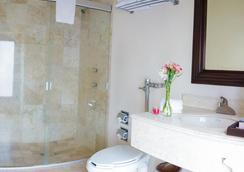 米西翁莫雷里亞大教堂酒店 - 莫雷利亞 - 莫雷利亞 - 浴室