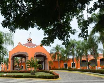 Mision Colima - Colima - Κτίριο