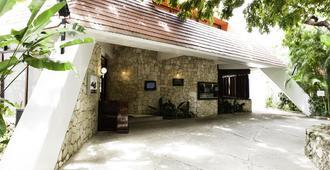 Mision Palenque - ปาเลงก์